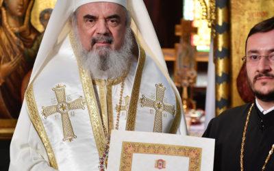 Patriarhul Daniel: Iconomul stavrofor este între preoți un model de iubire jertfelnică și viețuire sfântă